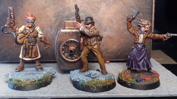 Mad Mick, Lord Curr et Two-Gun Tess
