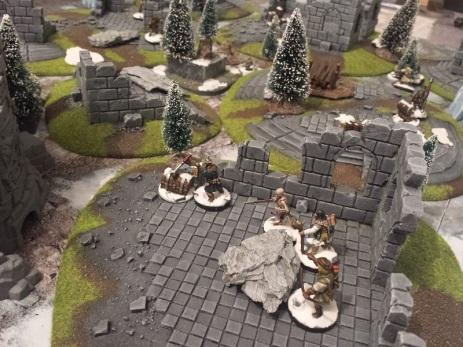 Dans les ruines, les rues ou les tours maudites, c'est toujours la course aux pepettes dans Frostgrave.